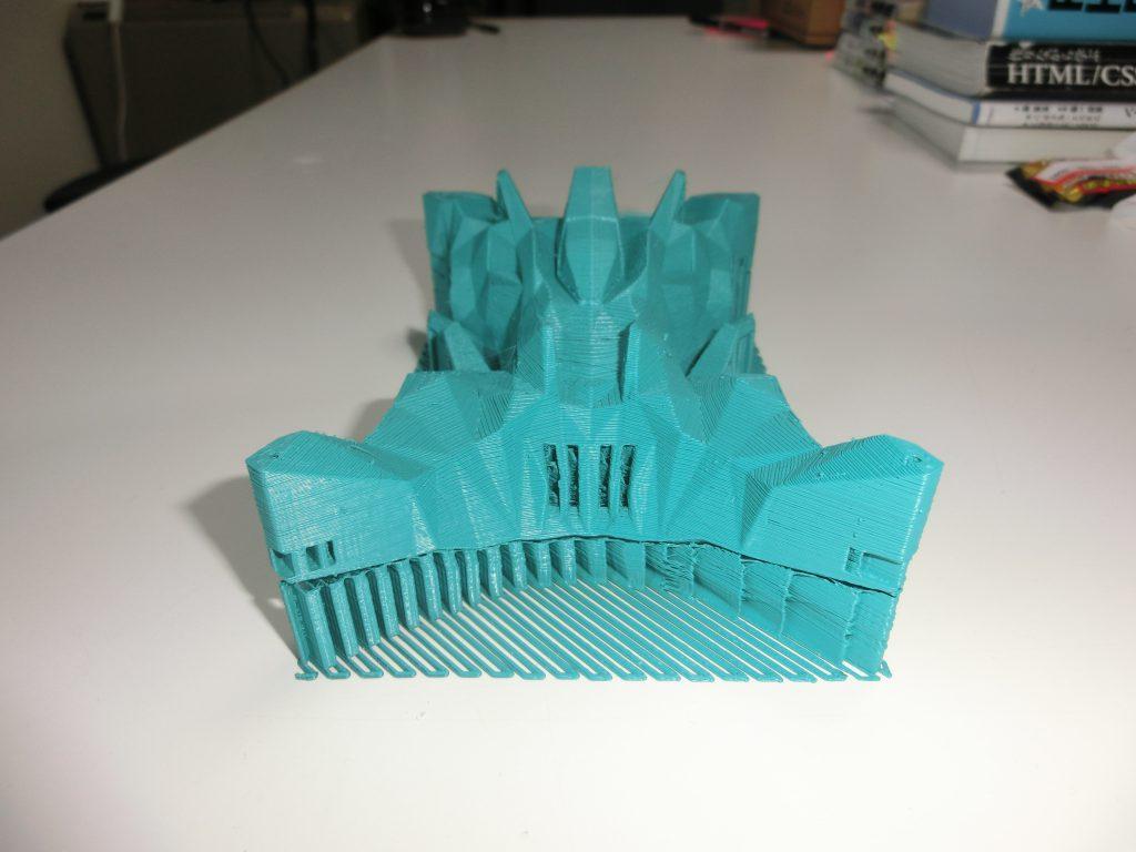 3Dプリンターで出力したときの正面からの様子