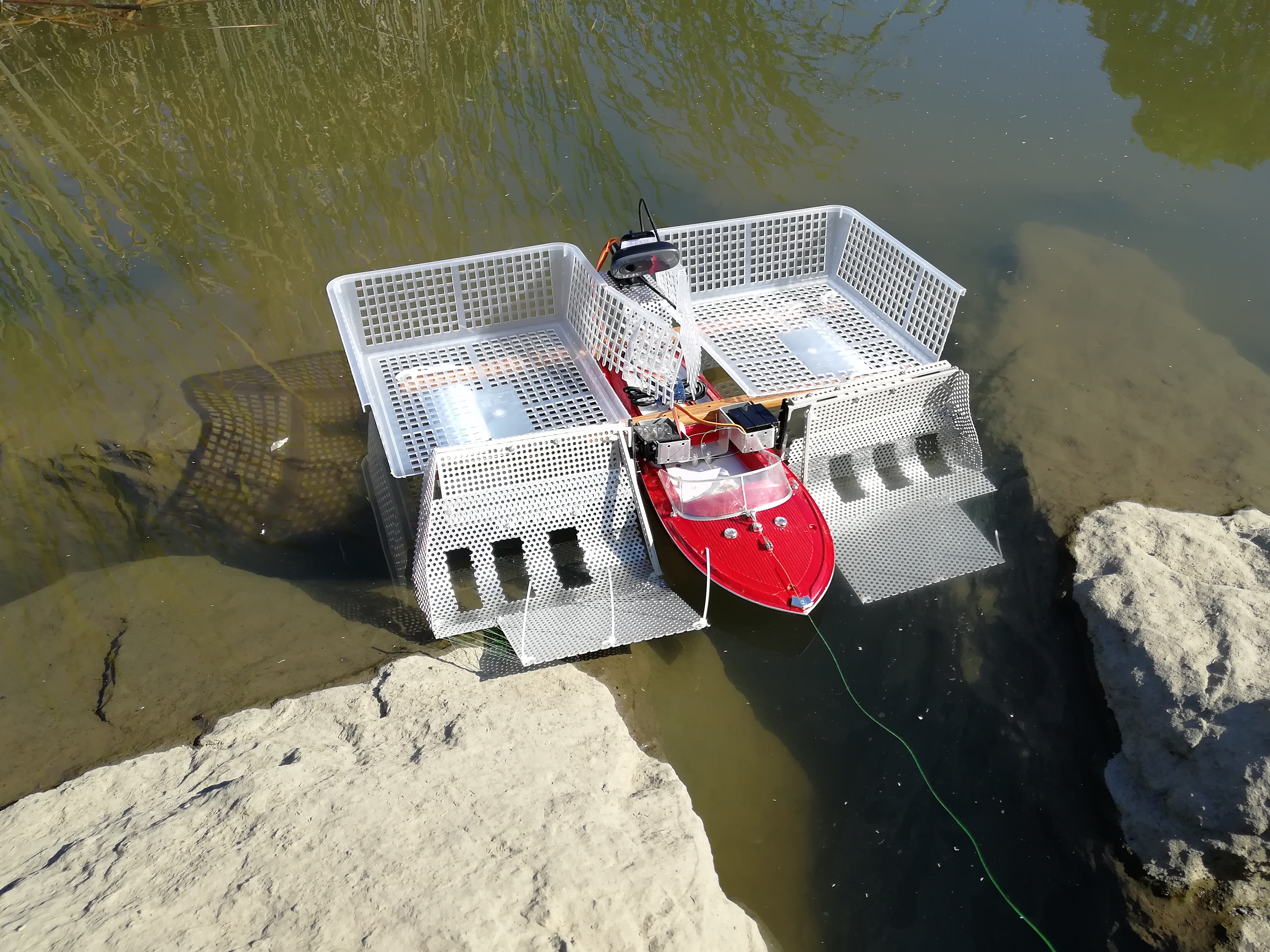 海や川でゴミ回収できるRaspberryPiラジコンボートを作る