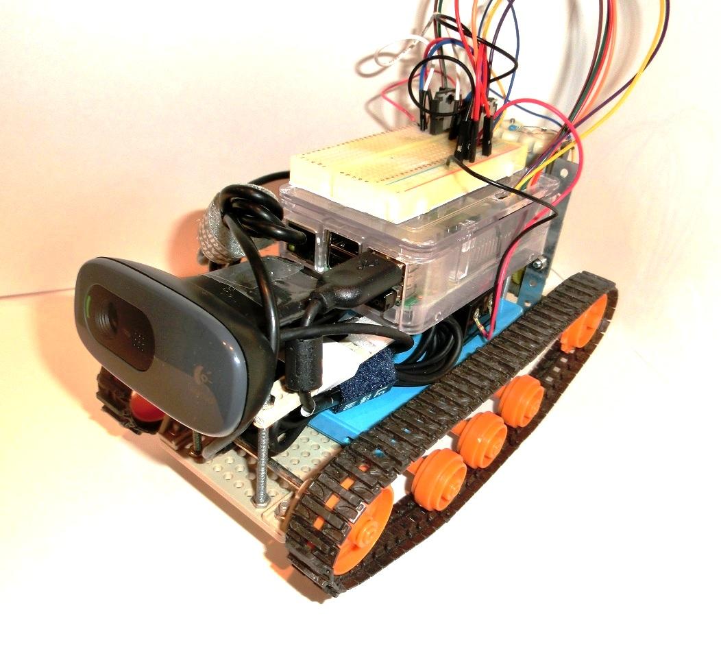 Raspberry PiでWebから操作できるラジコンクローラーを作る